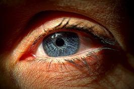 eye-1986661_640