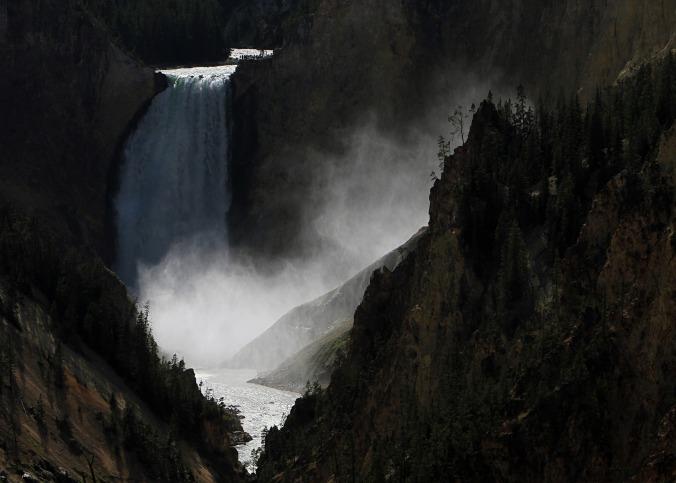 waterfall-2083142_1920
